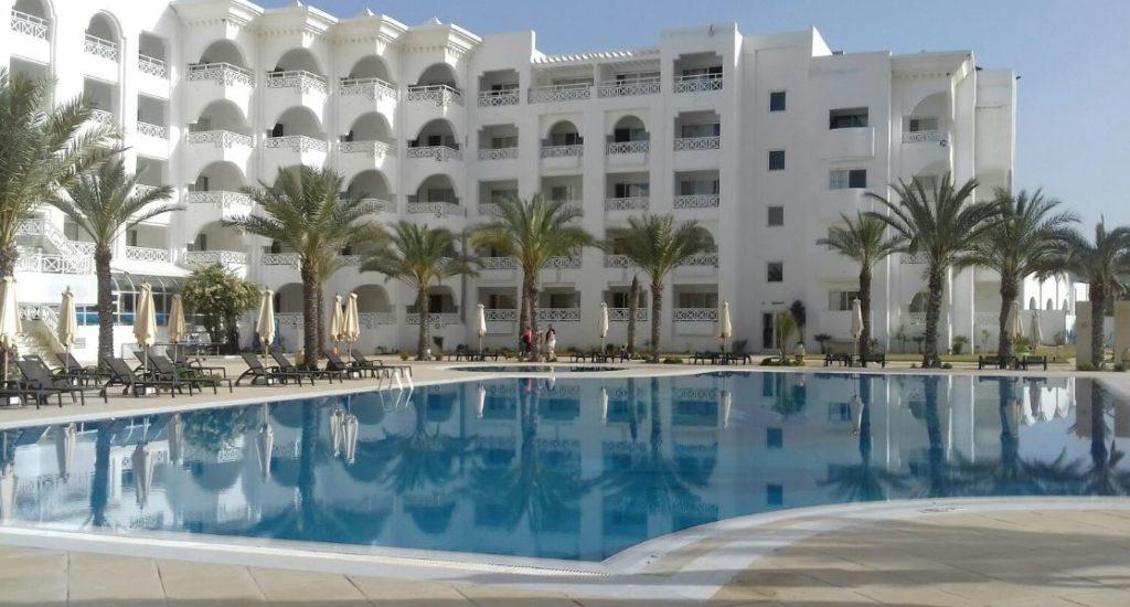 Piscine de l'hôtel Radisson Blu Hammamet